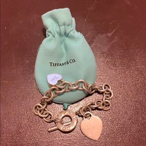 Tiffany & Co Chain bracelet with sister charm